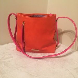TRUE BLUE COLOUR BLOCK SHOULDER BAG ORANGE…